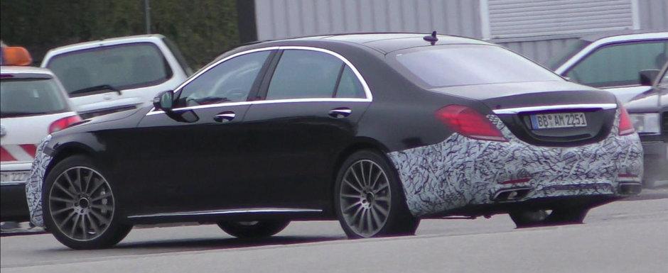 Se spune ca sub capota acestui S63 AMG se ascunde un motor de numai 4 litri