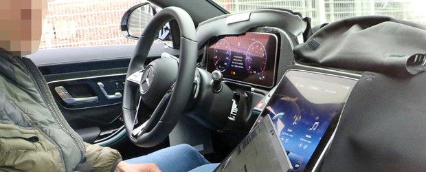 Sefii de la BMW vor intra in sedinta la vederea acestor imagini. Uite cum arata la interior noul S-Class, rivalul de moarte al lui Seria 7