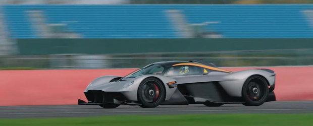 """Seful Aston Martin a condus noul Valkyrie: """"Nu am simtit ceva similiar in nici o alta masina pe care o cunosc"""""""