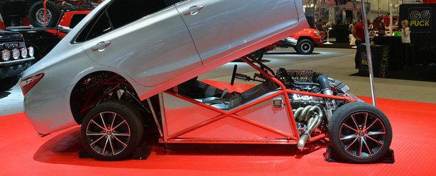 SEMA 2014: Toyota Camry Dragster ne arata ce inseamna cu adevarat un Sleeper