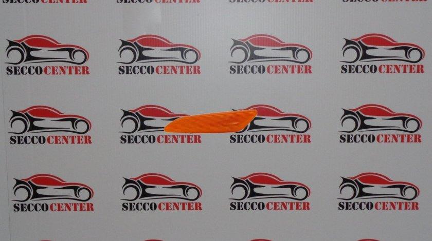 Semnal aripa Alfa Romeo 156 1997 1998 1999 2000 2001 2002 2003 dreapta