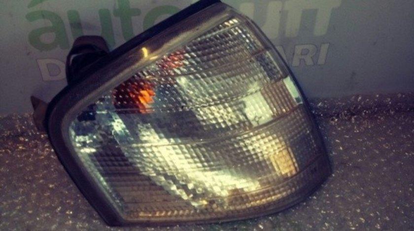 Semnalizare fata stanga Mercedes Benz C (W202)02887907 18-3357B