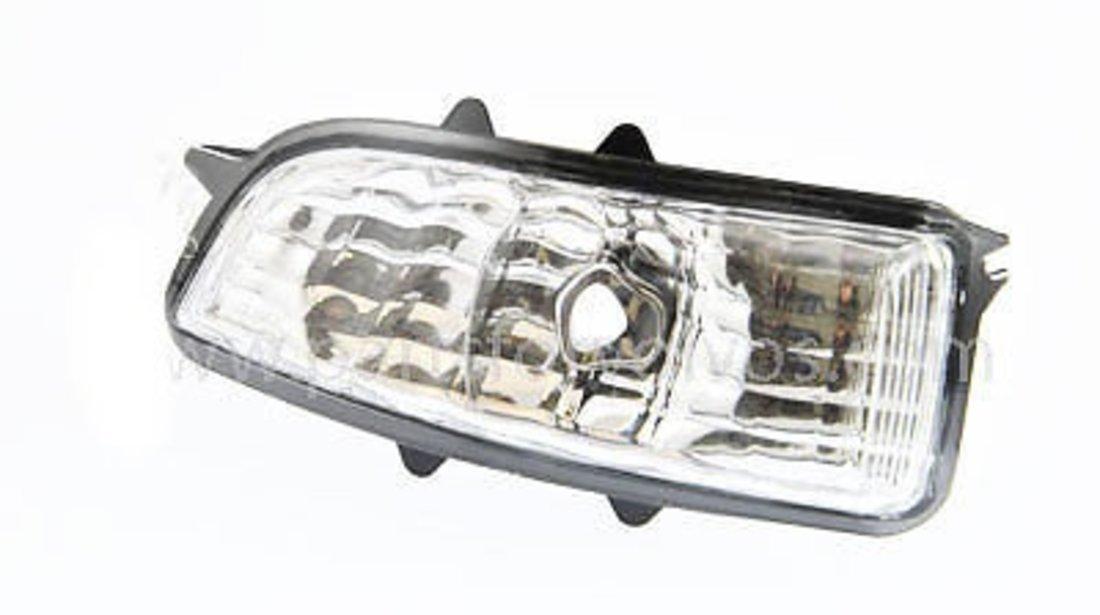 Semnalizare oglinda Volvo C30 10.2006-2013; Volvo C70 (M) 2006-2013, Volvo S40/V50 (Ms/Mw) 04.2007-05.2012; S60 (Rs/P24) 03.2005-03.2010; S80 (As) 04.2006-05.2011; V70 (Bw) 03.2007-2011 , partea Fata