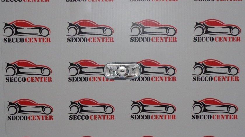 Semnalizator lateral AUDI A4 2001 2002 2003 2004