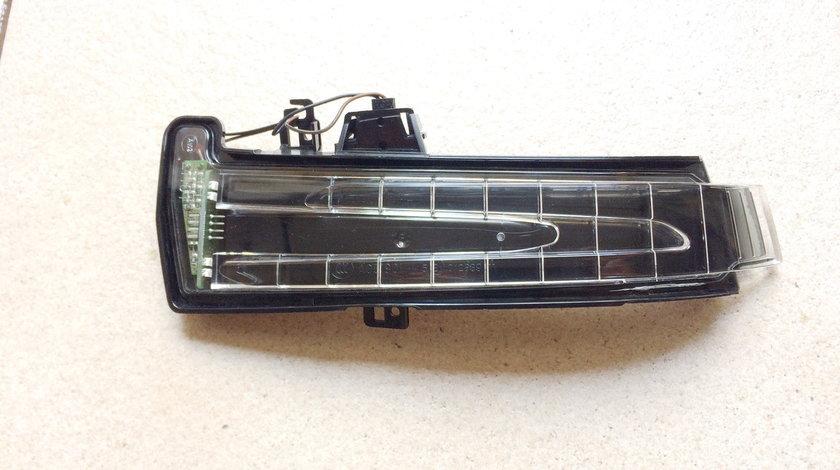 Semnalizator oglinda Mercedes  E , CLS , ML ( 09' - 15' )  A2129067401