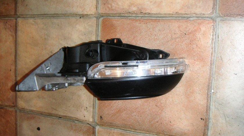 Semnalizator oglinda stanga VW Passat CC (2008-2012)