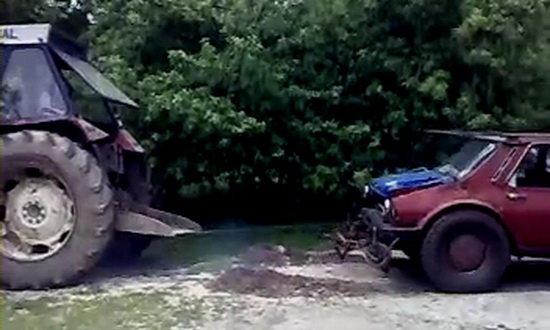 Senzational: O Dacie mai tare ca un tractor!!!