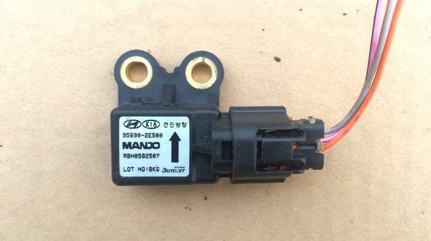 Senzor acceleratie laterala Hyundai Tucson 95690-2E500