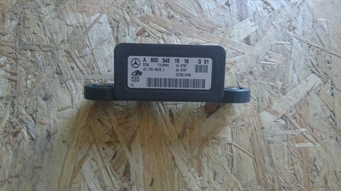 Senzor acceleratie Mercedes A0055422018 A0055421918