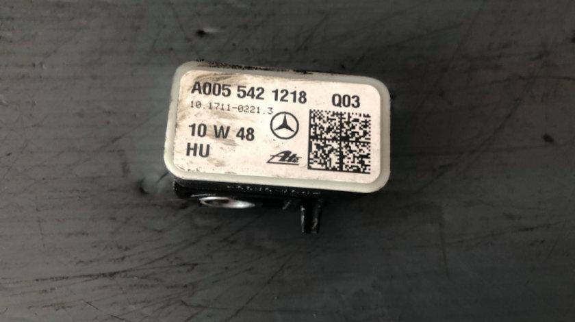 Senzor acceleratie mercedes m-class ml w164 2011 a0055421218