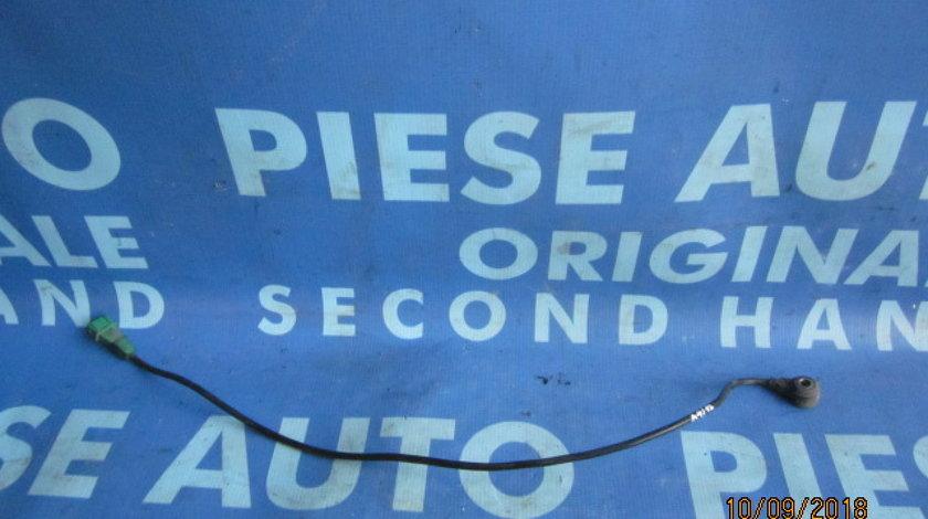 Senzor detonatie Audi A4 1.8T quattro ; 054905377