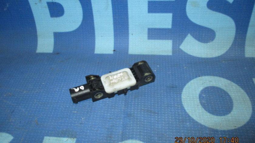 Senzor impact Chrysler PT Cruiser; 04671885AB // 04671884AB