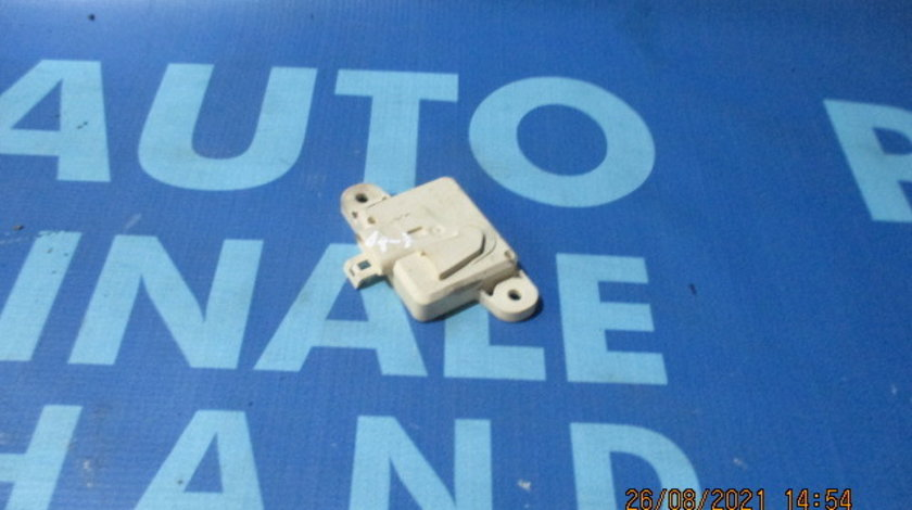 Senzor impact Opel Astra G; 24412348