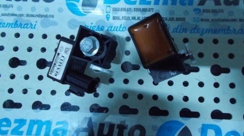 Senzor impact Renault Megane 2, 1.5 dci, 8200236286B