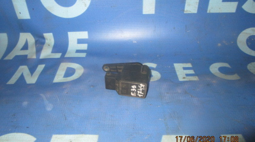 Senzor nivel suspensie BMW E39 525tds;  1093698 (spate)
