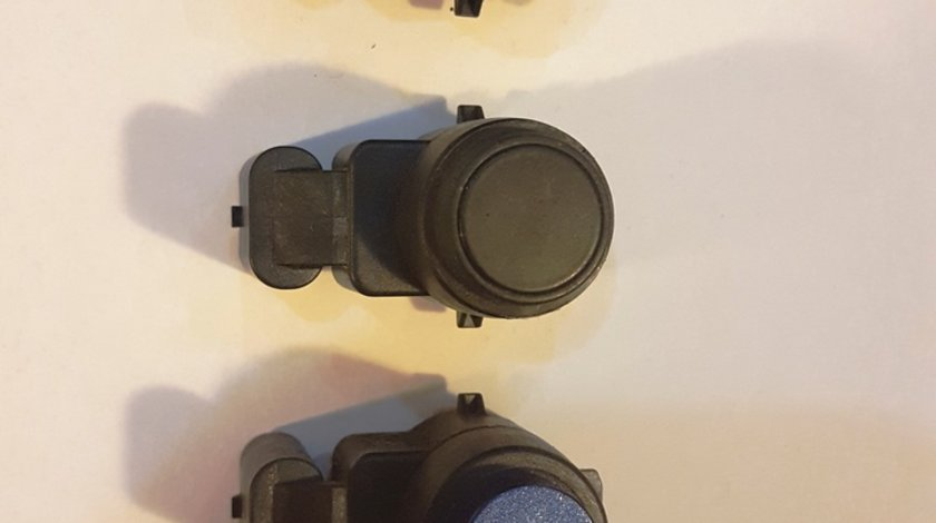 Senzor parcare BMW E81 E87 E88 E82 E90 E91 E92 E89 cod 9196705