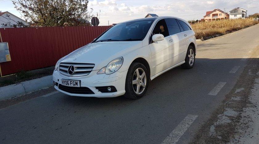 Senzor parcare fata Mercedes R-CLASS W251 2007 r class 3000 v6