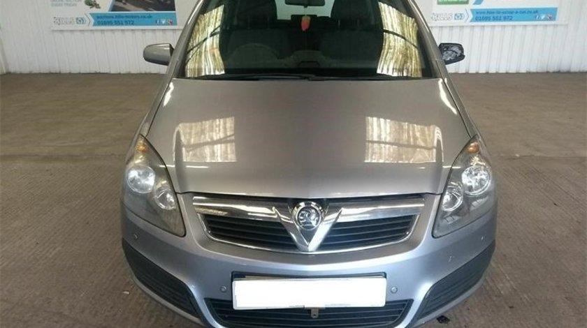 Senzor parcare fata Opel Zafira B 2007 MPV 1.9 CDTi