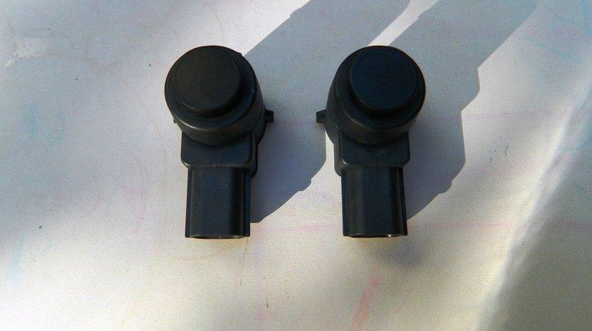 Senzor parcare Opel Astra J,Insignia,Meriva cod GM 13368131