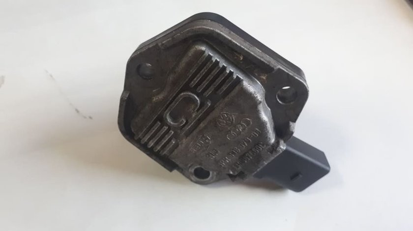Senzor pozitie ax cu came Skoda VW cod: 6PR008079-03 1J0907660C
