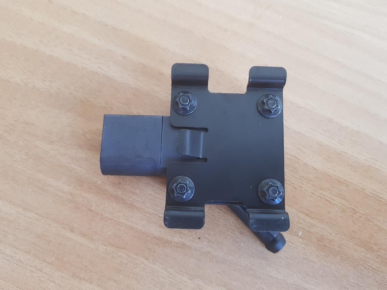 senzor presiune filtru particule bmw E83 e81 e65 e66 E60 E90 e70  cod  13627789219