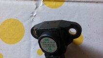 Senzor presiune galerie admisie Mercedes A00615332...