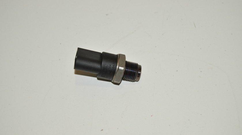 Senzor presiune rampa injectie Mercedes C-class w203 A0041536728