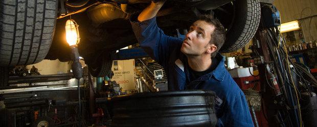 Service-urile auto intra in razboi cu companiile de asigurari