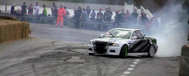 Sesiune de drifturi cu un BMW M3 E46... Pick-Up!