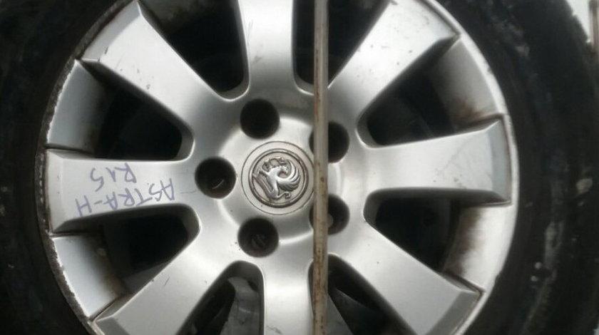 Set 18.001 - Opel Astra H R15 195/65 , 6.5j x 15 et35, 5 x 110