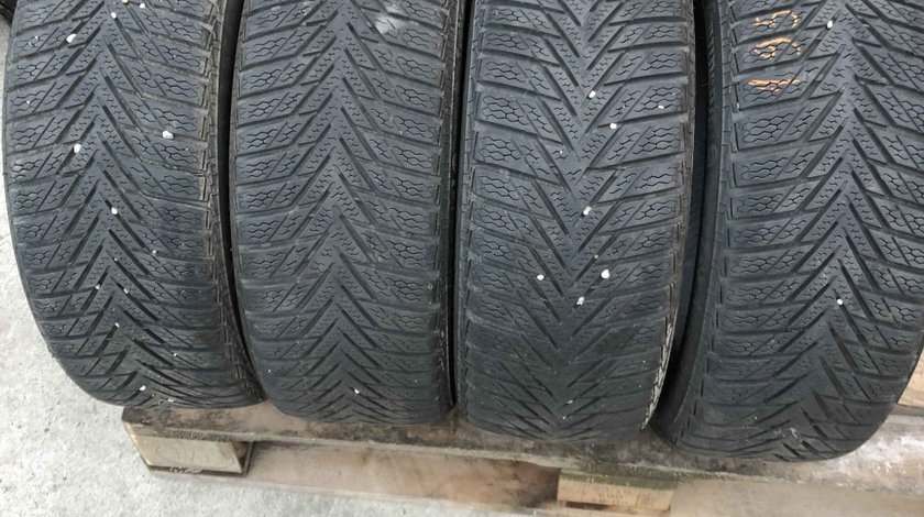 SET 4 Anvelope Iarna 195/50 R15 CONTINENTAL ContiWinterContact TS800 82T