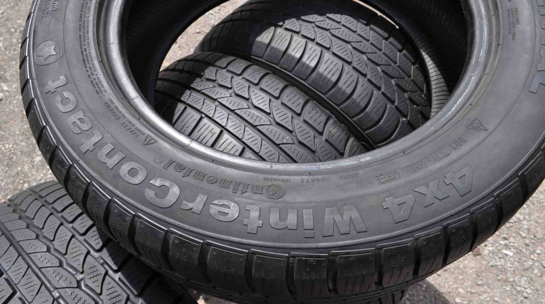 SET 4 Anvelope Iarna 215/60 R17 CONTINENTAL 4x4 WinterContact 96H