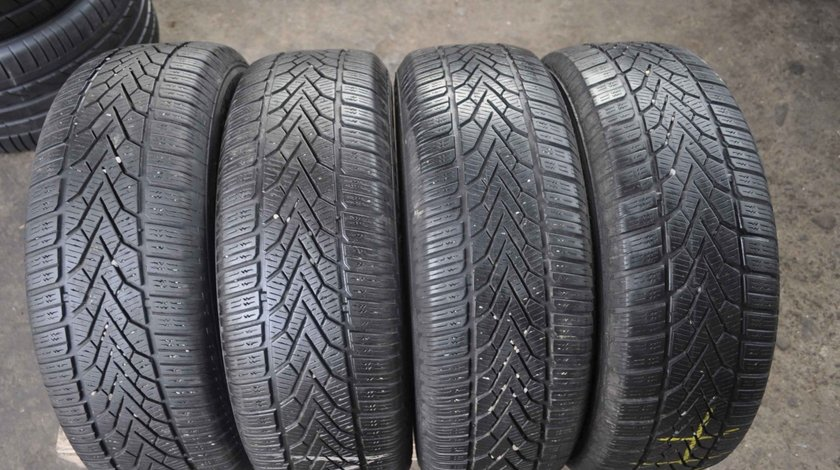 SET 4 Anvelope Iarna 215/65 R16 SEMPERIT SPEED GRIP 2 98H