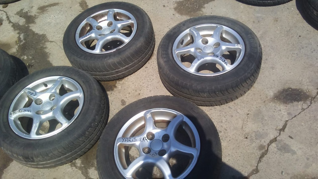 Set 8077 - Jante aliaj Toyota Yaris, 175/65 R14, 5 1/2jx14h2, 4 x100