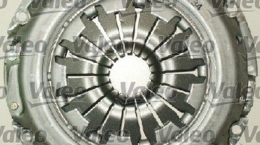 Set ambreiaj FORD FOCUS sedan (DFW) Producator VALEO 834009
