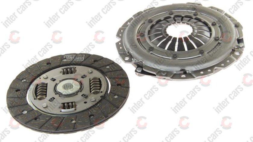Set ambreiaj OPEL VECTRA B hatchback 38 Producator VALEO 821303