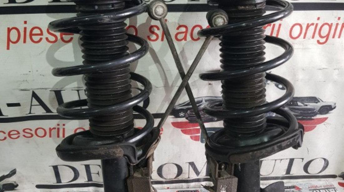 Set amortizoare fata+arcuri FORD Focus Mk3 Sedan 2.0 CP:150 coduri piese:av6118k001ace/av6118045ace