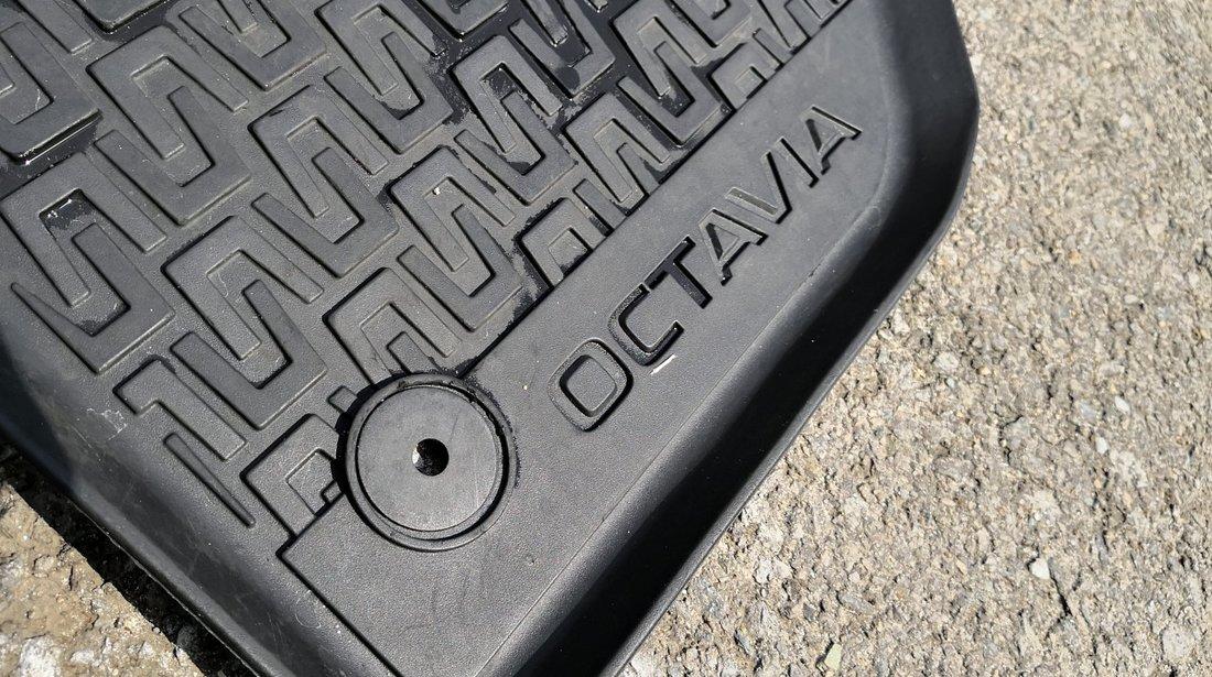 Set Covorase/Presuri cauciuc originale Skoda Octavia 3