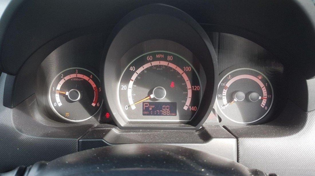 Set faruri Kia Ceed 2010 hatchback 1.6