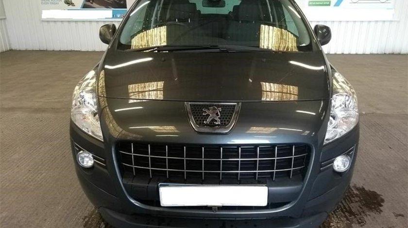 Set faruri Peugeot 3008 2013 MPV 1.6 E-HDi