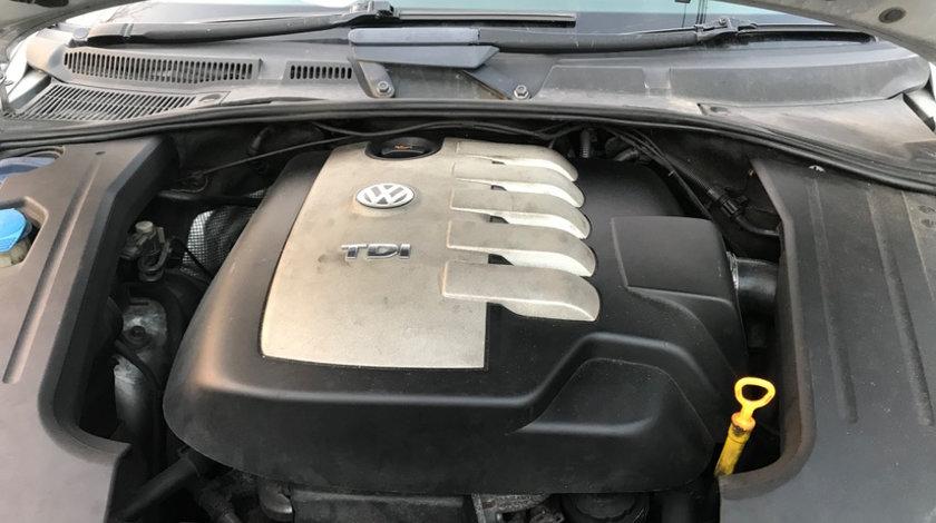 Set injectoare VW TOUAREG 2.5 BAC