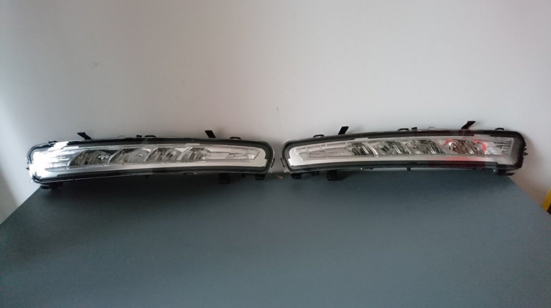 Set lumini de zi daylight Ford Mondeo dupa 2010