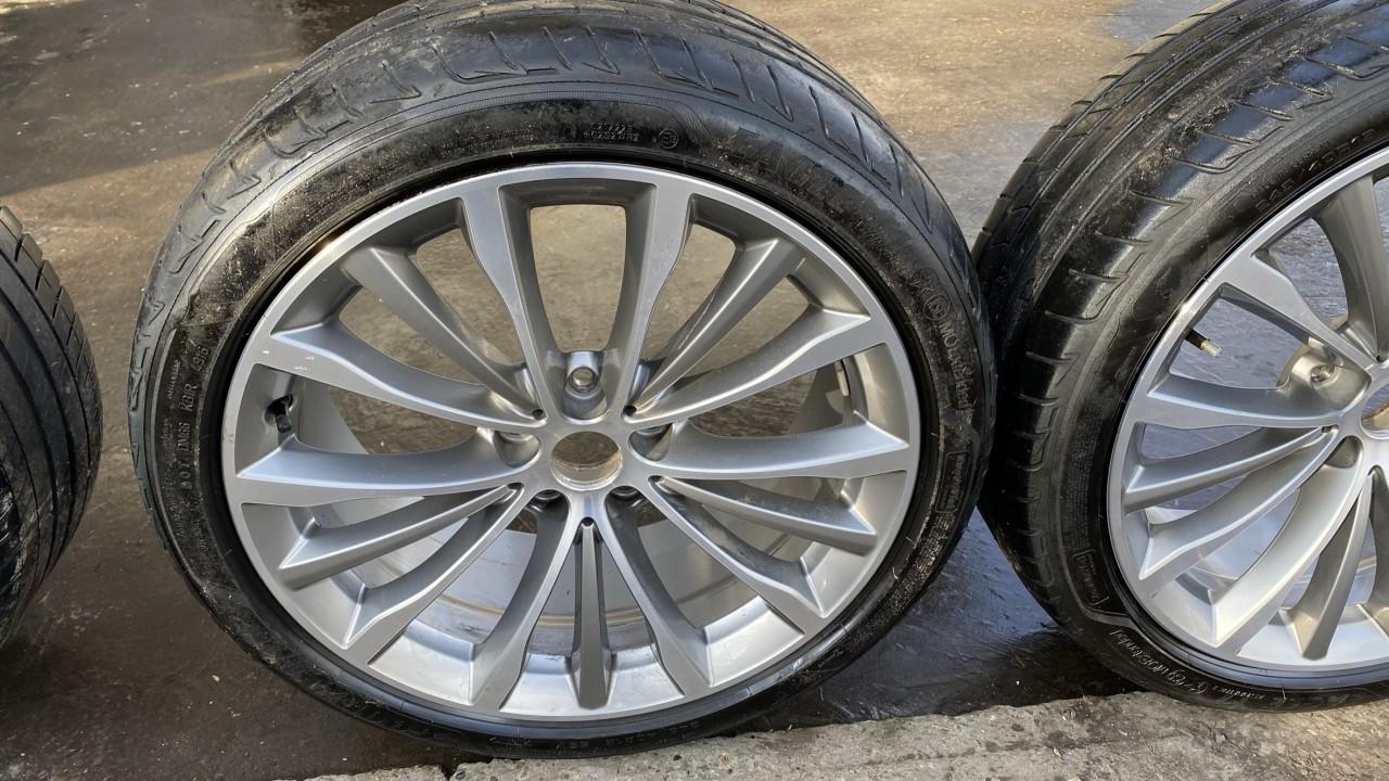 Set roti jante+cauciuri Originale BMW R19 seria 5 G30, Nerulate in Ro