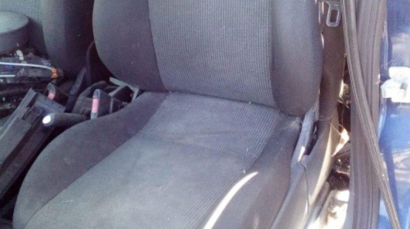 Set scaune fata Opel Meriva 2004