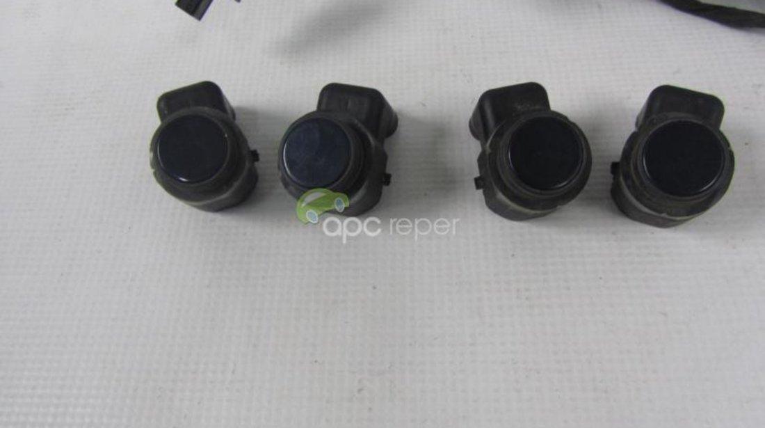 SET Senzori Parcare Audi A4 8K spate Originali cu cablaj
