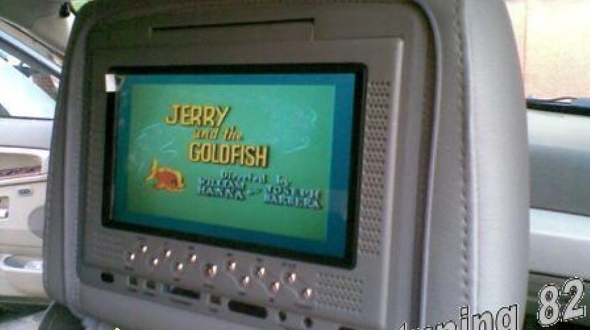 Set Tetiere Gri Cu Dvd Husa Usb Sd Divx Jocuri Modulator Fm Joystick Wireless