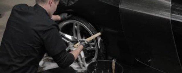 Sfatul unui profesionist: cum sa speli masina la exterior, pas cu pas