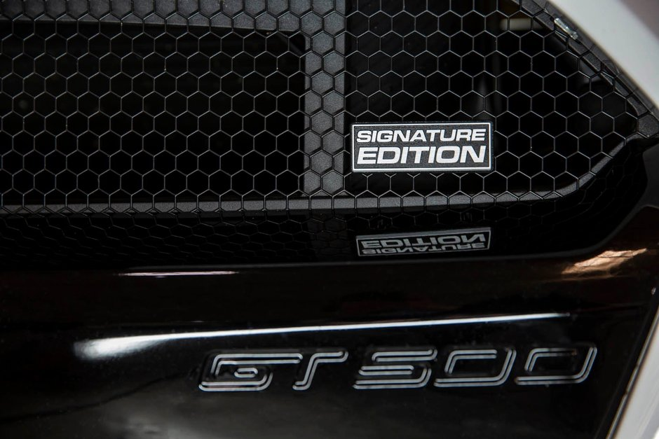 Shelby GT350 si GT500 Signature Edition