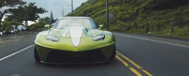Si-a construit propriul automobil capabil sa atinga 320 km/h. Motorul are 950 CP si se tureaza pana la 8000 rpm