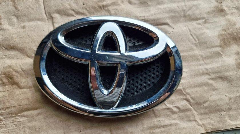 Sigla emblema fata Toyota Rav 4 2014 2015 2016